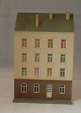 Vintage Plastic HO Building - Pola Terraced Flats (B27)