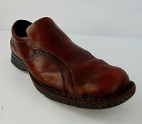 Clarks 9.5 M Mens Dress or Casual Shoe Driving Toe Brown Leather Slip On Loafer