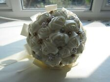 1 Bride & 5 Bridesmaids Satin Handtied Brooch Bouquet Set - Altered to suit