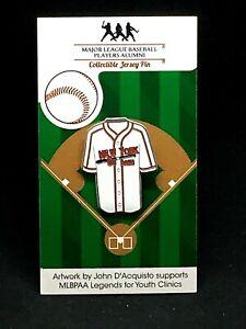 Negro League jersey lapel pin-New York Cubans-Classic throwback Collectible