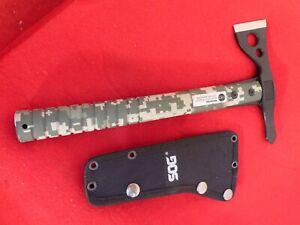 SOG FastHawk Tactical Tomahawk - Digital Tomahawk axe