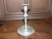 Rarität ca. 200 Jahre alter Zinn Kerzenleuchter  massiv Zinn Rand unten verziert