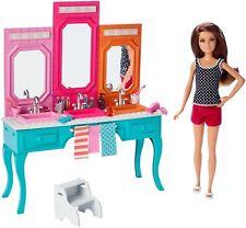 Barbie Sisters Skipper Doll with Bath Vanity Gift Set Doll NEW