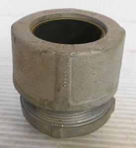 "Crouse Hinds Steel Cord Grip 1-1/4"" Thread 1-1/2"" Sealing Grommet"