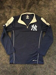 """New York Yankees Majestic Cool Base Top Size S 36"""""""