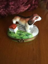 "Limoges Box ""Pv"" Hound Marking Paris Travel Marker~Leash&Dog House~Excellent!"