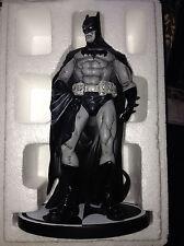 DC DIRECT COMICS BATMAN BLACK AND WHITE STATUE EDUARDO RISSO 1ST EDITION