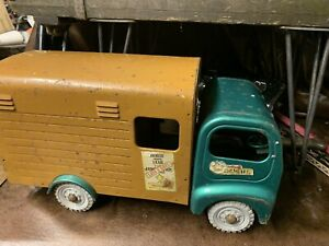 Vintage Triang Toy Horse Truck