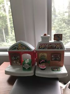 Christmas Fisher Price Little People A VISIT FROM SANTA House