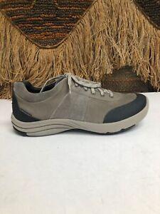 Clarks CLARKS Mens Oxford size 9 W  Style 15990 gray