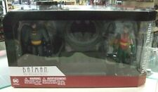 DC BATMAN THE ANIMATED SERIES BATMAN & ROBIN WITH BAT-SIGNAL NEW