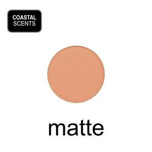 Coastal Scents Hot Pot Eye Shadow - OATMEAL TAN - light tan MATTE