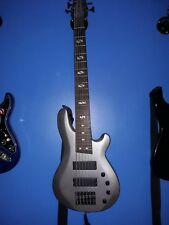 Grey QUINCY Pittsburgh 6 string Maple Electric Bass Guitar