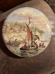 prattware pot lid. Pegwell Bay. Lobster Fishing.