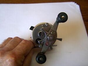 Vintage Abu Garcia Ambassadeur 1500C Lure Bait Casting Reel # 780100 Works Great