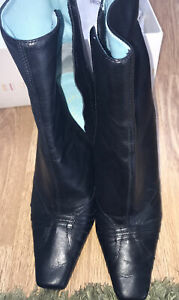 FAITH LADIES BLACK STILETTO HEEL SIDE ZIPPER BOOTS WORN ONCE SIZE 4 IMMACULATE
