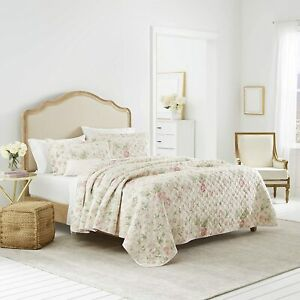 * NEW * Laura Ashley Breezy Floral Quilt Set (Full/Queen) (Kayleigh & Co.)