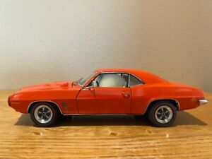 1969 Pontiac Firebird 400 40th Annivesary edition by DanBury Mint, 1/24 scale, u