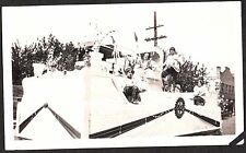 1924 APPLE BLOSSOM FESTIVAL PARADE FLOAT GIRLS WENATCHEE WASHINGTON OLD PHOTO