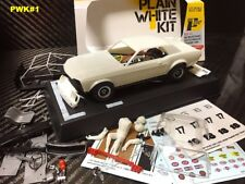 Pioneer Plain White 1968 Ford Mustang Notchback DPR 1/32 Slot Car Kit PWK#1