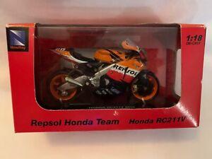 Repsol Honda Team RC211V 2006 Nicky Hayden Die-Cast Model 1:18