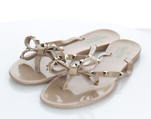 03-29  $425 Women's Sz 40 M Valentino Rockstud Jelly Bow Sandals In Poudre