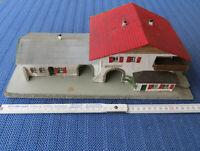 Faller 108 -- Bahnhof Bergheim, uralt und selten    Gemischtbauweise