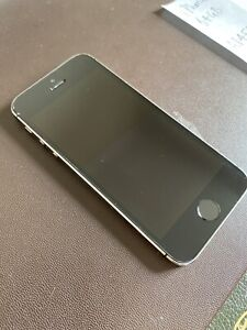 Apple iPhone 5s - 64GB - Space Grey (EE) A1457 (GSM)