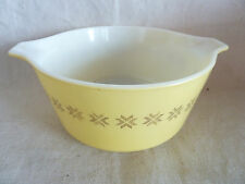 "Vtg Pyrex Cinderella Nesting Mixing Bowl Brn Stars on Yellow 1 1/2 Qt 9 1/4"""