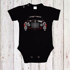 BABY BODY MERCEDES THE RED PIG AMG 1 AUTO CAR LANGARM/KURZARM BLACK