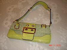 LADIES GUESS GREEN SHOULDER BAG WITH GOLD HARDWARE.