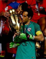 Team Chile Claudio Bravo Autographed Signed 8x10 Photo Coa #2