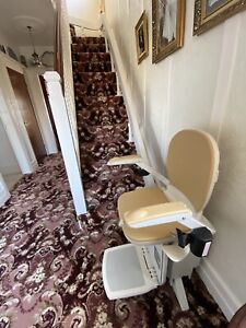 acorn 180 curved right stairlift