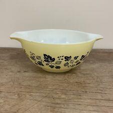 VTG Pyrex Yellow Gooseberry Cinderella Mixing #442 Black Bowl