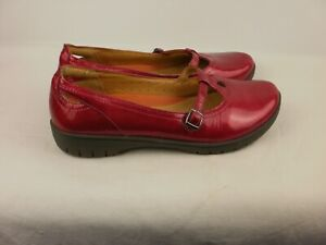 PAIR OF LADIES CERISE PINK PATENT LEATHER SHOES SIZE  UK7D CLARKS UNSTRUCTURED.