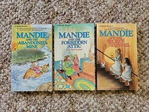 Mandie Books By Lois Gladys Leppard Lot of 3 (softcover) book 1, 4, & 8