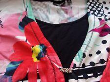Onque Casual Woman 3 X Top - Floral Design