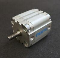 FESTO Kompaktzylinder ADVU-40-25-A-P-A Srt.Nr. 156630 pmax= 10bar Kolben-Ø 40mm