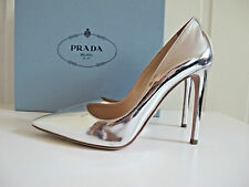 NIB $675 PRADA Pointy Toe Metallic Silver Patent Heels Shoes Pumps sz 38.5 8.5
