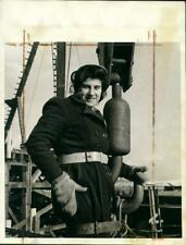 Women at war.  WWII. Press photograph .Canadian Woman Helps Build Ships