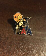 AMERICAN AIRLINES TACK PIN HALLOWEEN WITCH E1-O