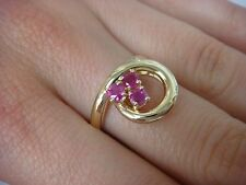 14K YELLOW GOLD FREESTYLE LADIES RING WITH 3 RUBIES 5.1 GRAMS, SIZE 7.5