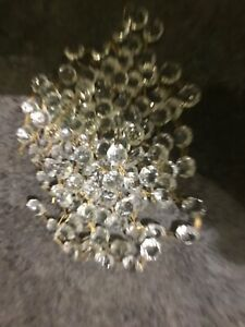 100 USED CHANDELIER LIGHT CRYSTALS DROPLETS GLASS BEADS WEDDING DROPS PRISM