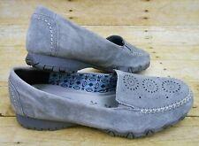 SKECHERS Relaxed Fit Memory Foam Gray Suede Shoes Women's Sz 10 Moc Toe Slip Ons