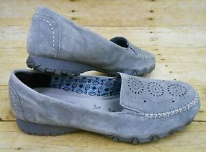 SKECHES Gray Suede Slip On Shoes Women's Sz 10 Relaxed Fit Memory Foam Moc Toe
