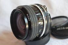 Nikon Nikkor 28mm f/2, 8, ai