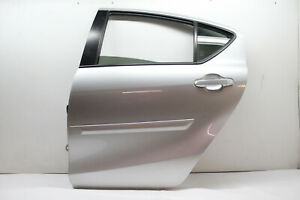 2014 TOYOTA PRIUS C REAR LEFT DRIVER DOOR ASSEMBLY SILVER 1F7 OEM 12 13 14 15 16