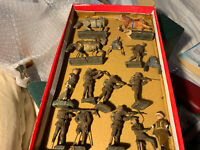 Old Lineol Job Lot Wood 14 Figures WW1 ? -Damaged /Missing / Restore Project