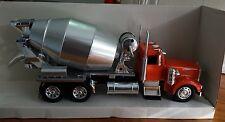 New Ray Kenworth Model W 900 Cement Truck 1:32 Diecast