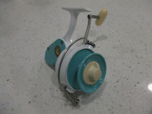 PENN 704 Custom Vintage Spinning Reel Restored With A Powder Coated Finish NICE!